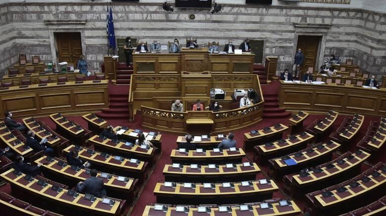 Βουλή: «Φρένο» στον διορισμό συγγενών ως μετακλητών, μετά την υπόθεση Ζαρούλια