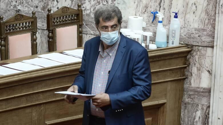 Δίκη Χρυσής Αυγής: Πολάκης κατά καλλιτεχνών για «νομιμοποίηση» των νεοναζιστών