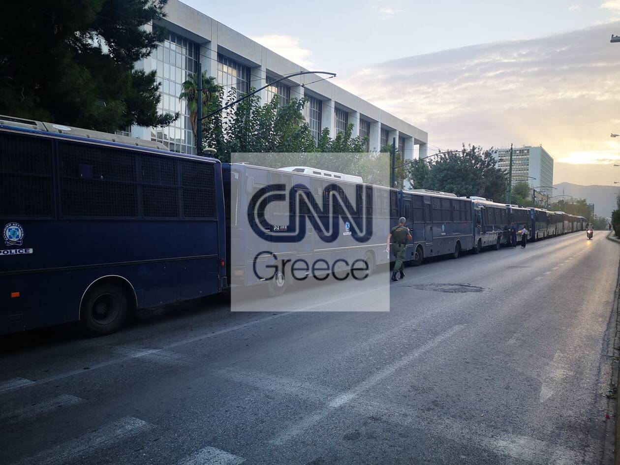 https://cdn.cnngreece.gr/media/news/2020/10/07/237409/photos/snapshot/121003107_632589700786547_5049175715523970114_n.jpg