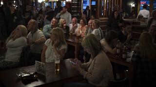 Κορωνοϊός: «Έκρηξη» κρουσμάτων στη Βρετανία - Αμετανόητος ο Μπόρις Τζόνσον