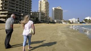 Κύπρος: Άνοιξαν οι Τούρκοι το παραλιακό μέτωπο των Βαρωσίων - Καταδικάζει η Αθήνα