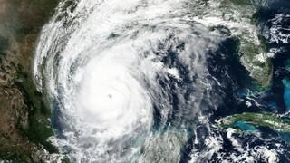 ΗΠΑ - Κυκλώνας Delta: Ενισχύθηκε στην κατηγορία 3 και πλησιάζει τη Λουιζιάνα