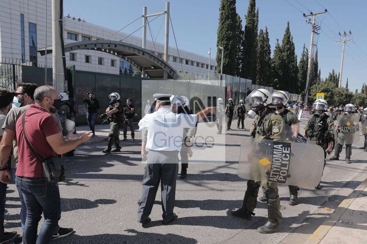 https://cdn.cnngreece.gr/media/news/2020/10/09/237725/photos/snapshot/panekpaideytiko-7.jpg
