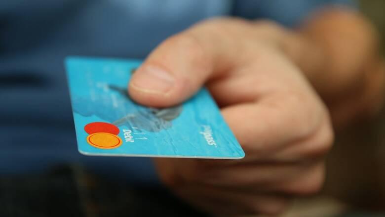 Ανέπαφες συναλλαγές: Μέχρι το τέλος του έτους οι συναλλαγές ύψους 50 ευρώ χωρίς χρήση PIN