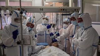 Κορωνοϊός: Καλπάζει η πανδημία στην Ευρώπη -  Πάνω από 100.000 κρούσματα ημερησίως