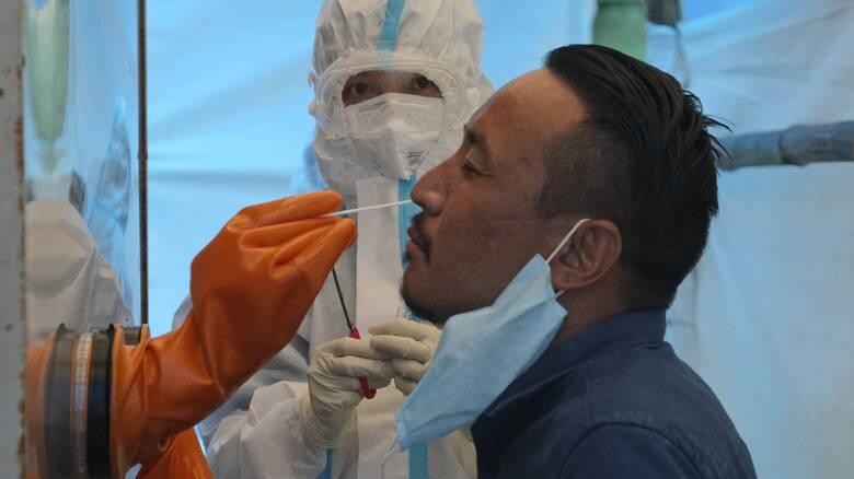 Κορωνοϊός: Τι μας έχουν διδάξει οι επιδημίες του AIDS και του Έμπολα