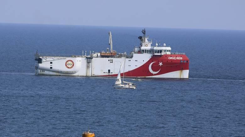 Νέα τουρκική Navtex: Ξαναβγαίνει το Oruc Reis, «τινάζοντας» στον αέρα τις διερευνητικές