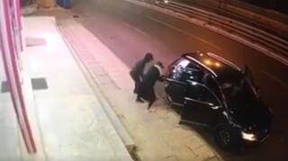 Βίντεο – ντοκουμέντο: Ληστές έσπασαν τζαμαρία και εισέβαλαν σε κατάστημα στην Κηφισίας