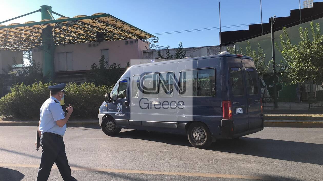 https://cdn.cnngreece.gr/media/news/2020/10/12/238035/photos/snapshot/121516390_334696764282723_3762420574188799092_n.jpg