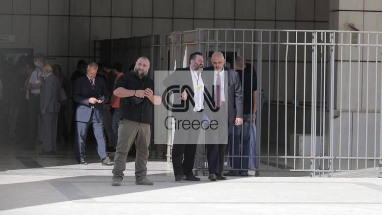 Δίκη Χρυσής Αυγής: Αίτημα εξαίρεσης του δικαστηρίου υπέβαλε ο Λαγός