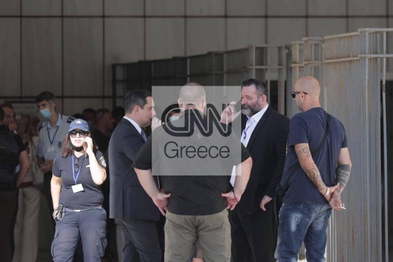https://cdn.cnngreece.gr/media/news/2020/10/12/238047/photos/snapshot/121445563_682753372641242_7846822105297438322_n.jpg