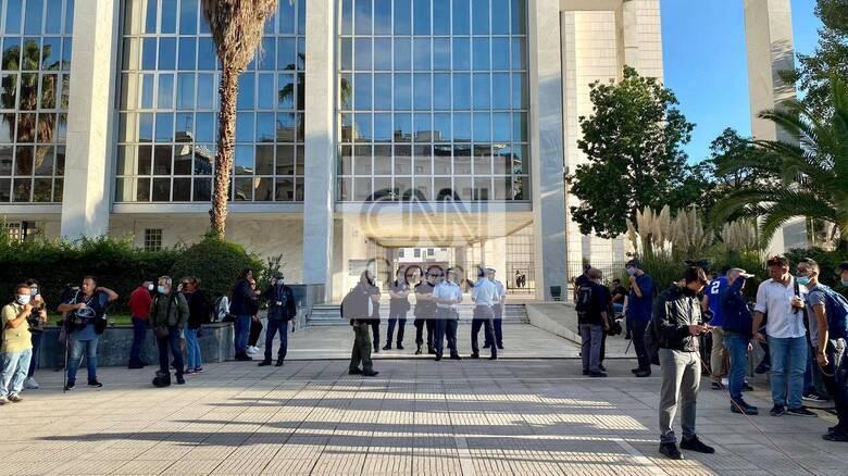 Δίκη Χρυσής Αυγής - Αναστασόπουλος: Το δικαστήριο μπορεί να κινηθεί στο ανώτατο πλαίσιο ποινής