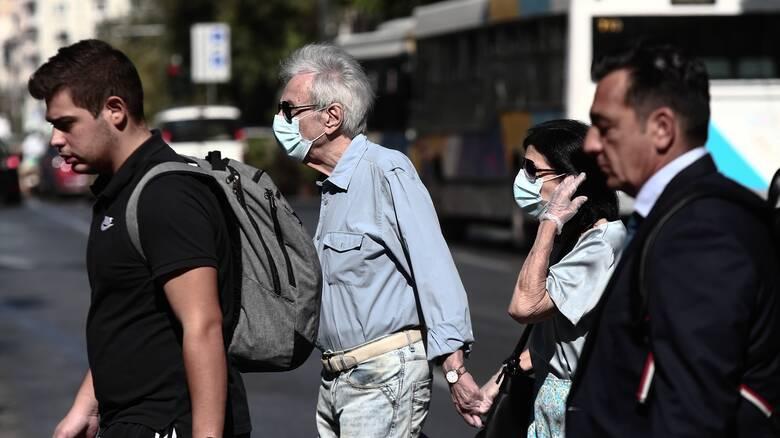 Κορωνοϊός: Ψηλά παραμένουν τα κρούσματα στην Αττική - Ανησυχία για τους διασωληνωμένους