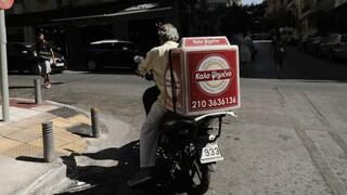 Η «μάχη» του online delivery έχει τις πρώτες απώλειες