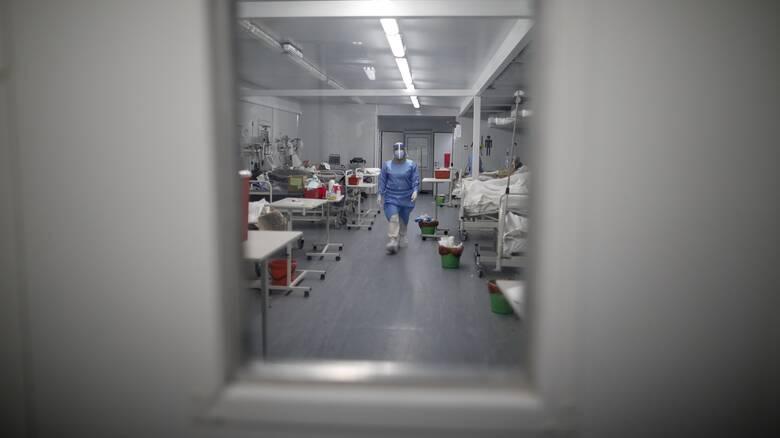 Ολλανδία: Πέθανε ηλικιωμένη που είχε προσβληθεί δύο φορές από κορωνοϊό