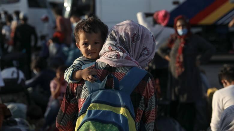 «Helios»: Καμπάνια ευαισθητοποίησης για το πρόγραμμα ένταξης των προσφύγων