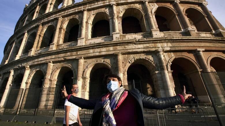 Κορωνοϊός - Ιταλία: Ανησυχία ότι η χώρα θα πάει σε lockdown τα Χριστούγεννα
