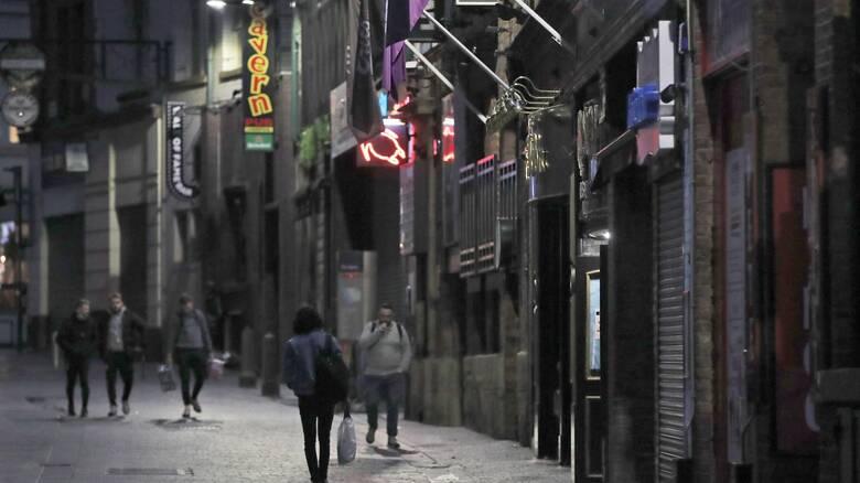 Κορωνοϊός: Lockdown δύο εβδομάδων πριν τα Χριστούγεννα στα πανεπιστήμια εξετάζει η Βρετανία