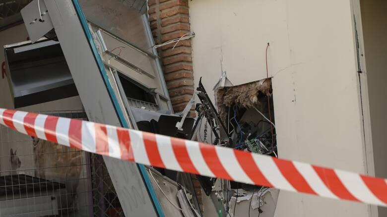 Γαλάτσι: Έκρηξη εμπρηστικού μηχανισμού στην είσοδο τράπεζας