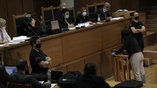 Δίκη Χρυσής Αυγής: Συνεχίζεται το πρωί της Παρασκευής η διαδικασία για τις αναστολές