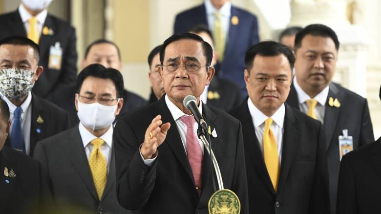 Ταϊλάνδη: Αμετακίνητος ο πρωθυπουργός παρά την εντεινόμενη οργή