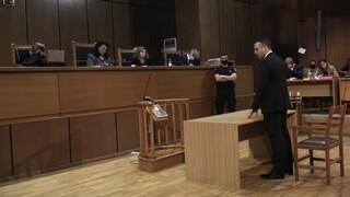 Δίκη ΧΑ:Οι καταθέσεις, τα πεϊνιρλί και τα ζώα: Ύστατη προσπάθεια των χρυσαυγιτών να πάρουν αναστολή