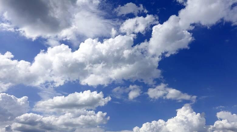 Καιρός: Σκωτσέζικο ντους με βροχές και υψηλές θερμοκρασίες -  Πού θα δείξει 29 βαθμούς το θερμόμετρο