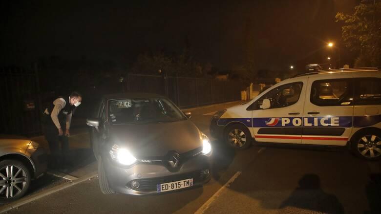 Τρόμος στο Παρίσι: 18χρονος αποκεφάλισε καθηγητή σε γαλλικό προάστιο