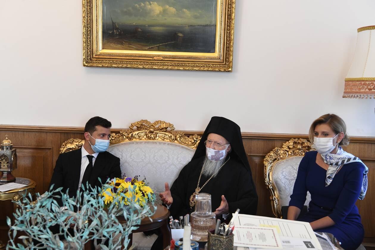 https://cdn.cnngreece.gr/media/news/2020/10/16/238777/photos/snapshot/Zelenskyy-Vartholomaios-4.jpg