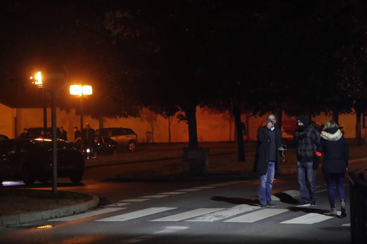 https://cdn.cnngreece.gr/media/news/2020/10/16/238782/photos/snapshot/france-attack-2.jpg