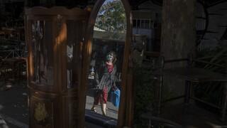 Κορωνοϊός: Λίγο πριν τη... ΜΕΘ το σύστημα υγείας - Πού «βλέπουν» τα επόμενα lockdown