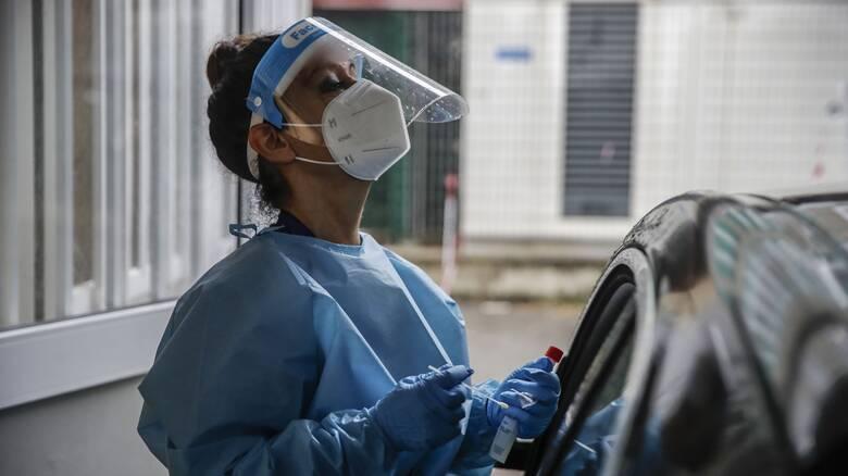 Κορωνοϊός - Ιταλία: Σχεδόν 11.000 νέα κρούσματα, τηλεργασία στο 75% ζητά το υπ. Υγείας