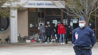 Αποκεφαλισμός καθηγητή στο Παρίσι: Δεσμούς με τον ISIS είχε ο 18χρονος δράστης