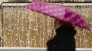 Καιρός: Πτώση της θερμοκρασίας σήμερα - Δείτε πού θα βρέξει