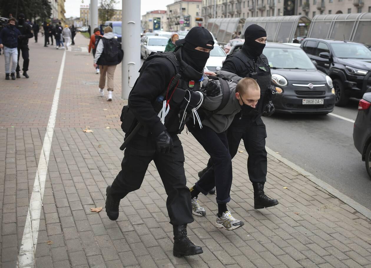 https://cdn.cnngreece.gr/media/news/2020/10/18/238977/photos/snapshot/Belarus-1.jpg
