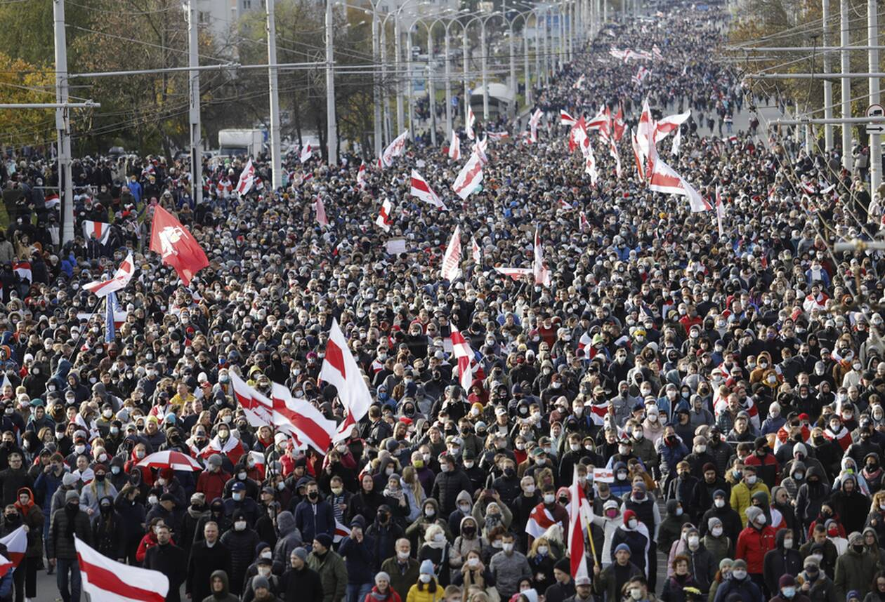 https://cdn.cnngreece.gr/media/news/2020/10/18/238977/photos/snapshot/Belarus-2.jpg