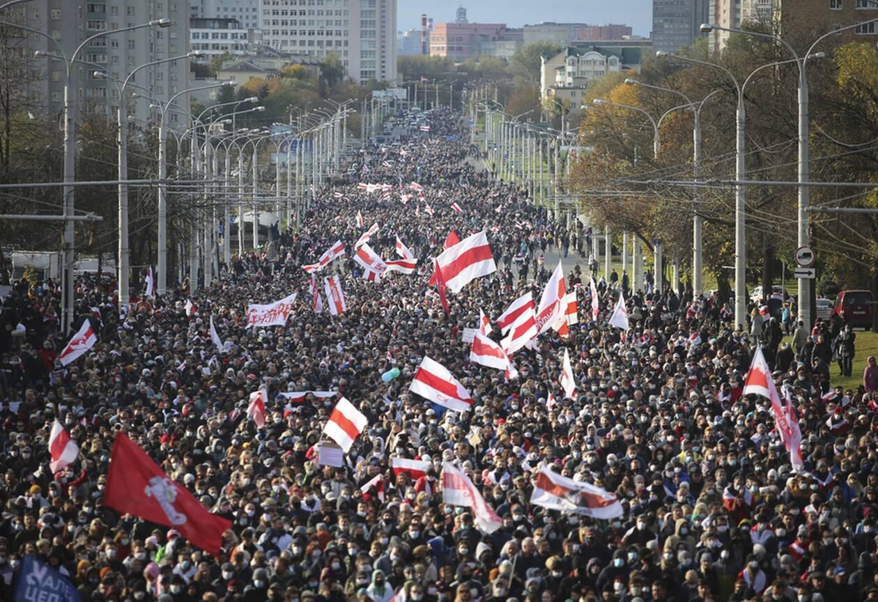 https://cdn.cnngreece.gr/media/news/2020/10/18/238977/photos/snapshot/Belarus-3.jpg