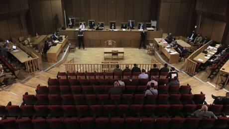 Δίκη Χρυσής Αυγής: Αναστολή ποινών σε όλους πλην Ρουπακιά προτείνει η εισαγγελέας (live blog)