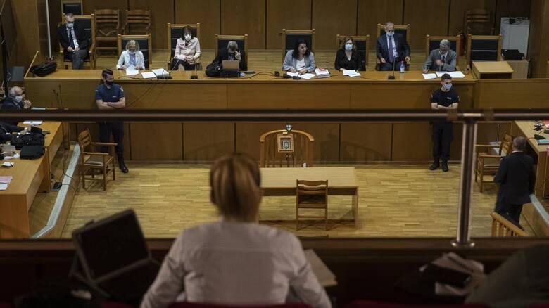 Δίκη Χρυσής Αυγής: Αναστολή ποινών σε όλους πλην του Ρουπακιά προτείνει η εισαγγελέας