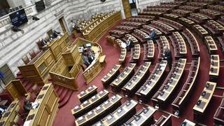Κορωνοϊός στη Βουλή: Δεν φαίνεται να δημιουργήθηκε μεγάλη διασπορά