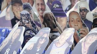 Αόρατοι φίλαθλοι: Πώς «γέμισαν» οι κερκίδες στο αμερικανικό πρωτάθλημα ποδοσφαίρου εν μέσω πανδημίας