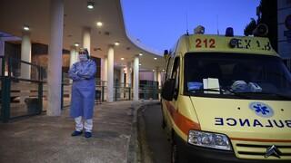 Κορωνοϊός: Παραμένει η πίεση στην Αττική -  Σε ποιες περιοχές αυξάνονται τα κρούσματα