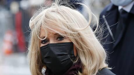 Κορωνοϊός – Γαλλία: Σε καραντίνα η Μπριζίτ Μακρόν – Ήρθε σε επαφή με θετικό κρούσμα