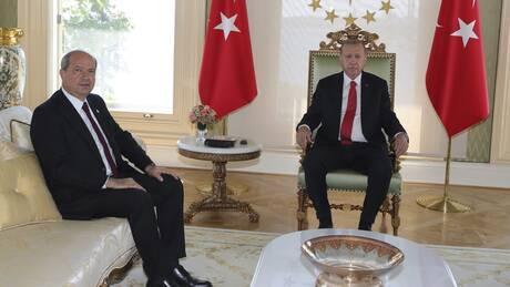 Ερσίν Τατάρ: Ο λογιστής, το σκάνδαλο, τα ΜΜΕ, τα τεθωρακισμένα και τελικά «εκλεκτός» του Ερντογάν