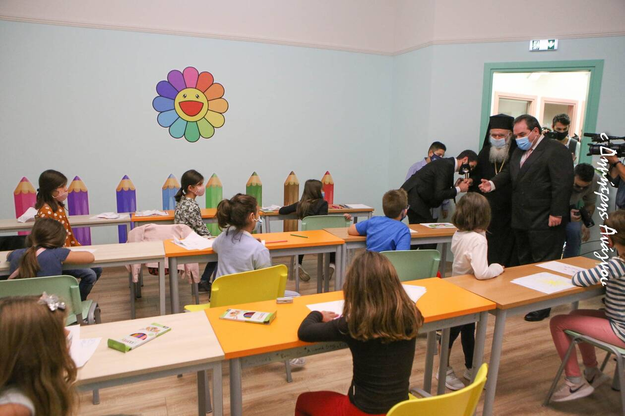 https://cdn.cnngreece.gr/media/news/2020/10/19/239148/photos/snapshot/apostoli10.jpg