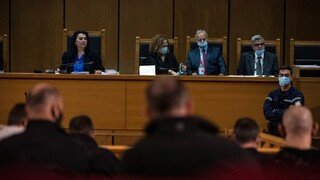 Δίκη Χρυσής Αυγής: Το δικαστήριο αμφισβητεί την εισαγγελέα