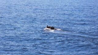 Σκάφος με 200 μετανάστες πλέει ανοικτά της Ιεράπετρας
