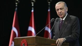 Ερντογάν: Επιφυλάσσουμε εφιάλτες σε όσους θέλουν να μας παγιδεύσουν στην Ανατ. Μεσόγειο