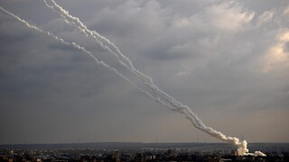 Λωρίδα της Γάζας: Εκατέρωθεν πλήγματα «σπάνε» την εύθραυστη κατάπαυση πυρός
