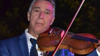 Κορωνοϊός: Πέθανε ο βιολιστής διάσημων τραγουδιστών Ζήσης Κασιάρας